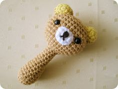 baby* rattle* crochet* amigurumi* i* am* going* to* make* it** :) Crochet Baby Toys, Crochet Teddy, Baby Girl Crochet, Cute Crochet, Crochet For Kids, Baby Knitting, Knitting Patterns, Crochet Patterns, Baby Rattle