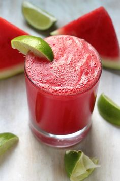 Watermelon Bourbon Fizz - this super refreshing drink is so easy to make, and everyone always asks for the recipe! Leave out the bourbon for a mocktail!