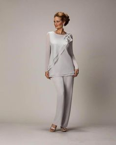 Mother Of The Bride Pant Suits Chiffon Pants Suit For Wedding Mother of the Groom Lady Women Formal Evening Wear mother bride outfits Mother Of The Bride Suits, Mother Of Bride Outfits, Mothers Dresses, Mother Bride, Wedding Pantsuit, Wedding Dress, Robes D'occasion, Chiffon Pants, Pantsuits For Women