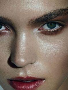 Dewy looks #makeup #beauty