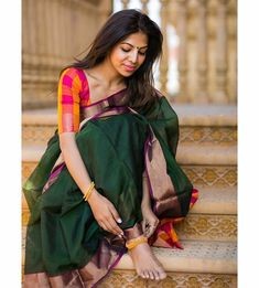 Best 12 Just did quick pictures with the amazing while I was at the temple. Kept the styling very simple, hope you guys… Cotton Saree Blouse, Pattu Saree Blouse Designs, Fancy Blouse Designs, Silk Sarees, Ethnic Sarees, Fancy Sarees, Saree Poses, Saree Photoshoot, Saree Trends