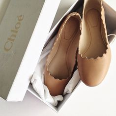 Flats / by Chloé