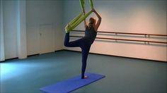 Aerial Yoga Introductiefilm ❤ http://www.youtube.com/watch?v=UB1_ANDcU7U