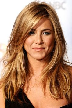 41 Ideas Hair Cuts Layers Long Jennifer Aniston For 2020 Hair Styles For Women Over 50, Short Hair Styles, Classic Haircut, Chic Haircut, Long Layered Haircuts, Long Hairstyles With Bangs, Hairstyles For Over 50, Hairstyles For Layered Hair, Women Haircuts Long