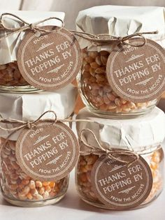 Cute and Inexpensive DIY Wedding Favors | Popcorn in a Jar by DIY Ready at http://diyready.com/24-diy-wedding-favor-ideas/: