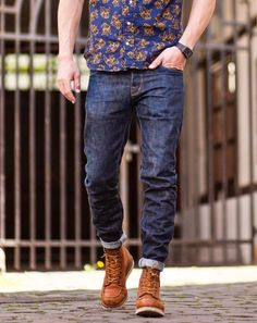 Mens Boots Fashion, Fashion Outfits, Red Wing Moc Toe, Look Street Style, Red Wing Boots, Mein Style, Nudie Jeans, Denim Jacket Men, Denim Outfit