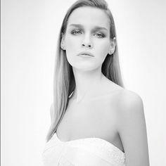 Amazing Wedding Dresses, Amazing, Fashion, Bride Dresses, Moda, Bridal Gowns, Alon Livne Wedding Dresses, Fashion Styles, Wedding Gowns