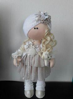 Yarn Dolls, Knitted Dolls, Plush Dolls, Fabric Dolls, Doll Toys, Crochet Doll Clothes, Sewing Dolls, Dolls And Daydreams, Pink Doll