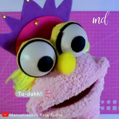 a fun DIY project.Such a fun DIY project. Girl Puppets, Puppets For Kids, Sock Puppets, Hand Puppets, Marionette Puppet, Puppet Crafts, Sock Crafts, Craft Activities, Preschool Crafts