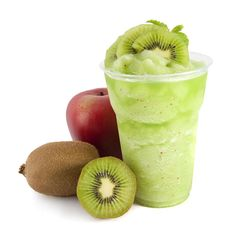 This is a super easy and super healthy smoothie. It is full of vitamin C, great for winter days. Kiwi Smoothie, Smoothie Drinks, Healthy Smoothies, Healthy Drinks, Smoothie Recipes, Healthy Snacks, Juice Recipes, Morning Smoothies, Blender Recipes