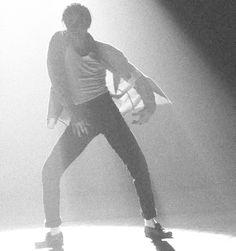 Jam! ♥♥ Here's comes the man -- Michael Jackson ♥♥