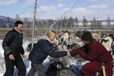 Rendez-vous en terre inconnue - Virginie Efira chez les Tsaatans en Mongolie. : Galerie Photos