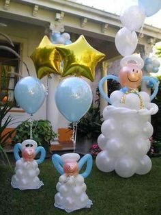 It's a boy baby shower. Angels made from balloons. Baptism Party Decorations, Baptism Centerpieces, Balloon Decorations, Shower Bebe, Baby Boy Shower, Ballon Arrangement, Baby Dedication, Baby Baptism, Boy Christening