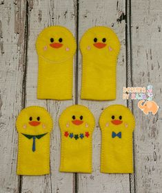 Duck chick family finger puppets embroidered, puppet, kids, children, toys, games, make believe, pretend play, felt, animals, story time by DesignsByRAJA on Etsy
