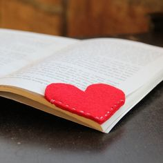 Cute felt corner bookmarks!