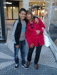 Mãe e o filhote André no Forum Aveiro