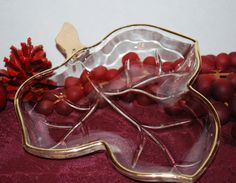 Mint Hazel Atlas Crystal Clear Gold Trimmed Maple Leaf Shaped Handled Serving/Relish Tray