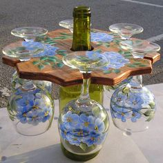 Image from http://www.bicklanecreations.com/BlueFlowers6PC_op_800x798.jpg.