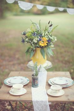 Photography By / haleysheffield.com, Floral Design By / gertiemaes.com/