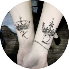 Magnificent simple and beautiful tattoos and the care you must have . - Magnificent simple and beautiful tattoos and the care you must have t - King Tattoos, Body Art Tattoos, Sleeve Tattoos, King Queen Tattoo, Crown Tattoos, Tattoo Ink, King Crown Tattoo, Small Crown Tattoo, Rosary Tattoos
