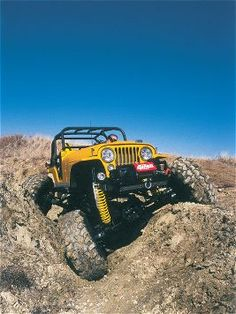Pressure, from rock-driving buddies, literally drove Phil Beauchamp to rebuild his old 1973 Jeep Wrangler into the 3 ton monster it is today. & Off-Road Magazine has all the crushing details. Jeep Cj7, Jeep Wrangler, Jeep Jeep, Land Rovers, Dream Cars, Badass Jeep, Jeep Truck, Jeep Life, Lifted Trucks