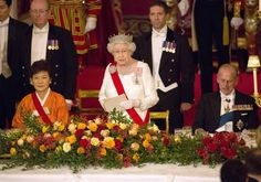 On the evening of November 5, 2013, Her Majesty Queen Elizabeth II and His Royal Highness The Duke of Edinburgh hosted a gala state banquet at Buckingham Palace in London in honor of the President of South Korea, Park Geun-hye, visit to England.
