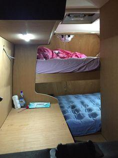 solution pour 3 couchages amenagement camion camion amenager fourgon et trafic am nag. Black Bedroom Furniture Sets. Home Design Ideas