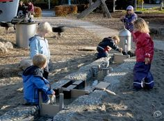 Kids Play Spaces, Outdoor Play Spaces, Outdoor Fun, Outdoor Games, Water Playground, Natural Playground, Outdoor Playground, Camping Water, Outdoor Classroom