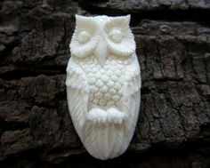 Excellent detail   Hand Carved  Owl Bone carving by cabcabana, $14.00