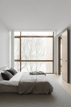 Spacious and minimalist home - Bedroom Styles & Gadgets . - Spacious and minimalist home – bedroom styles & gadgets # Spacious -