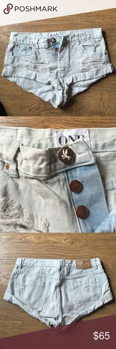 """LAST CHANCE ❗️One teaspoon angel bandits One teaspoon bandits in wash """"Angel"""" very pale blue these shorts go with everything size 28! One Teaspoon Shorts Jean Shorts"""