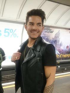 09/08/15 Adam Lambert in the London Underground