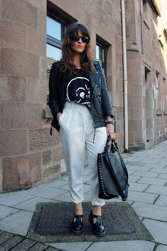 What I'd Wear : The Outfit Database (source : The Little Magpie ) Minimalist Chic, Got The Look, Street Outfit, Outfit Posts, Well Dressed, Her Style, Nice Dresses, Amy, Fashion Beauty