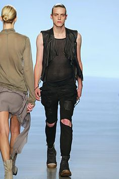 Rick Owens - Spring 2004 Ready-to-Wear - Look 5 of 53