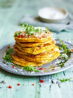 Leftover squash pancakes from Jamie Oliver - pancakes for dinner, or for right now. Lunch Recipes, Breakfast Recipes, Cooking Recipes, Leftovers Recipes, Pancake Recipes, Batch Cooking, Breakfast Ideas, Dinner Recipes, Roasted Squash