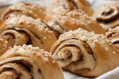 """With this recipe, your kids will stand in line for Finland's version of """"slapped ears"""" korvapuusti pastries filled with brown sugar and cinnamon. Cinnamon Bears, Cinnamon Rolls, Scandinavian Desserts, Finnish Recipes, Fast Food, Sweet Bread, Baked Goods, Food To Make, Sweet Tooth"""