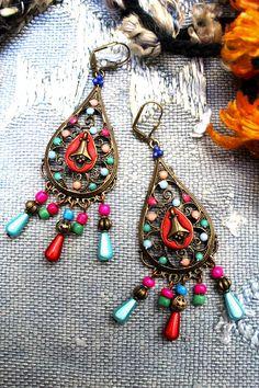 Boucles bohème gypsy hippie fantaisie multicolores. Longue