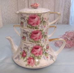 vintage Lefton stacking teapot with pink roses. This is the pot, the sugar bowl and the creamer all in one. Tea Cup Saucer, Tea Cups, Love Vintage, Vintage China, Teapots And Cups, Tea Service, My Cup Of Tea, Vintage Dishes, Vintage Teapots