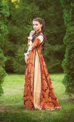 orange italian renaissance gownfashioncostume on etsy €29000  renaissance mode