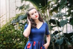 #plants #botanic #green #nature Short Sleeve Dresses, Dresses With Sleeves, Green Nature, Plants, Fashion, Moda, Sleeve Dresses, Fashion Styles, Gowns With Sleeves