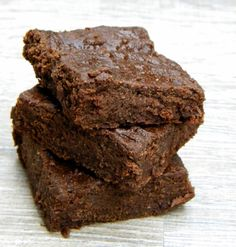 Cashew Butter Brownie #vegan #chocolate #brownie #healthy #dessert #recipe