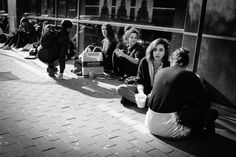 #peopleareawesome #wearetheluckyones #brussels #streetphotography #igerslux #bxl #streetphoto #street #streetlife #streetshot #streetlifestyle #igersluxembourg #welovebrussels #brusselslive #visitbrussels #worldplaces #wanderlust #instamood #urban #urbanphotography #urbanphoto #street #ig_street #cities #ic_streetlife #ic_cities #documentary #dezpx #dezpx_street #ihecs #socialdocumentary #dezpx_bxl (hier: IHECS)