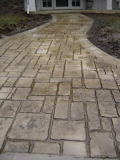 cobblestone stamped concrete for front patio Concrete Patios, Stamped Concrete Driveway, Stamped Concrete Patterns, Concrete Driveways, Walkways, Driveway Paving, Stone Walkway, Outdoor Walkway, Backyard Patio