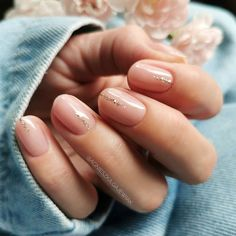 stylish designs short nails nail for 60 60 Stylish Nail Designs For Short NailsYou can find Natural nails and more on our website Diy Your Nails, How To Do Nails, My Nails, Minimalist Nails, Short Gel Nails, Long Nails, Cute Short Nails, Short Nails Art, Short Natural Nails