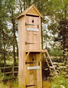 pretty funny outhouse (politicians use the top stall, voters on the bottom) Funny Photos, Funny Images, Bing Images, Public Bathrooms, Bathroom Humor, Bathroom Sayings, Outhouse Bathroom, Bathroom Ideas, Bathroom Stuff