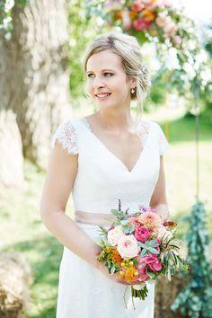 Lucie & Fabrice: Sommer und Vintage-Hochzeitszauber KAI UND KRISTIN FOTOGRAFIE http://www.hochzeitswahn.de/inspirationen/lucie-fabrice-sommer-und-vintage-hochzeitszauber/ #wedding #vintage #bride