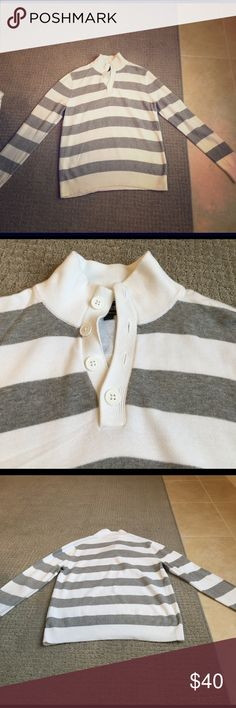 Express Men's Quarter Button Sweater So sad to let this one go! Barely worn! It ran a little short on my fiancé who is 6 ft tall. Love the white with the grey stripes, and the button up collar makes it a little dressier for a nice dinner out. Express Sweaters V-Neck