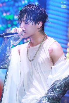 160820 G-Dragon - BIGBANG 0.TO.10 Concert in Seoul  DO NOT EDIT : Source: ForeverTiAmoGD