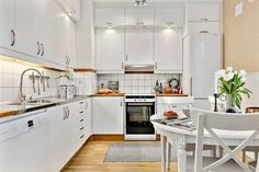 Kitchen Cabinets, New Homes, Table, Inspiration, Furniture, Design, Home Decor, Apartments, Kitchen Ideas