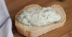 LA CUCHARA AZUL nos cuenta cómo hacer salsa tártara. ¿Quieres ver cómo conseguirla así de apetecible?